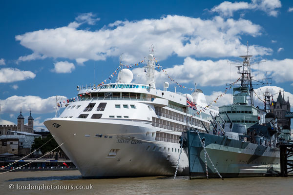 Silver Cloud Cruise Ship On The River Thames HMS Belfast - Cruise ship in london